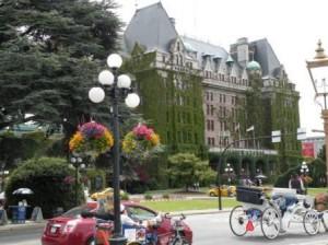 Victoria の 2大 Landmark - Fairmont Empress Hotel