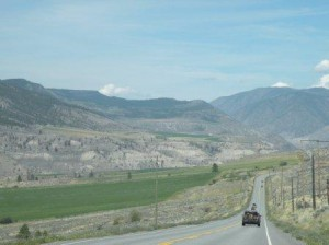 Rt 99 を一路 Kamloops へ、平均時速50-70Km
