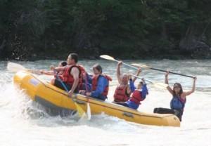Rafting に挑戦 ! ここでも観光客の中心は中国人