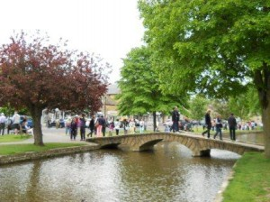 20130607-Cotswolds-Burton-on-the-water-Web