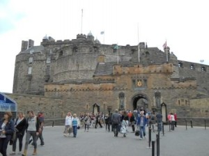 20130621-Edinburgh Castle-Web