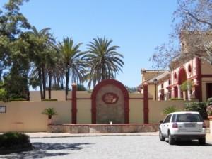 0430-01-San Roque Club House