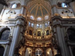 2.大聖堂内部