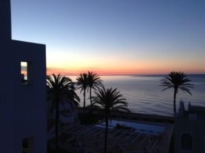 0426-01-Estepona-Hotel部屋からの朝焼け